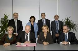 Signature convention Alliance santé