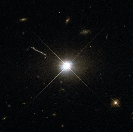 quasar 3C 273 Hubble