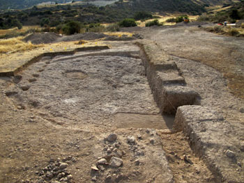 The communal building in Klimonas partially excavated